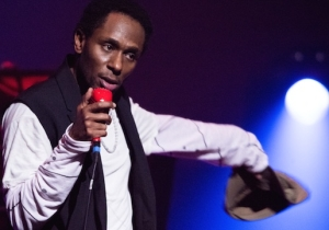 Live At The Apollo: Yasiin Bey (Mos Def) Is Probably Retiring, But He's Going Out Strong