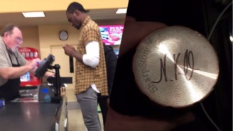 Blazers Forward Noah Vonleh Autographed A Fan's Weed Grinder At The Grocery Store