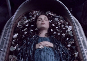 'Star Wars' Claims Padme Amidala Died In Childbirth, But Did She?