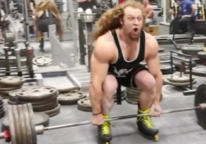 The World's Most Intense Human Did A 495-Pound Deadlift While Wearing Rollerblades