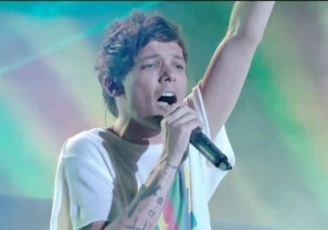 Louis Tomlinson Performed His Debut Solo Single On 'The X Factor' Days After His Mother's Death