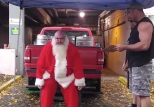 Santa Has Been Lifting A Lot Of Weights And Is Super Jacked For Christmas This Year