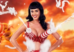 Watch Katy Perry Literally Get Creamed Playing The Pie Face Showdown Game