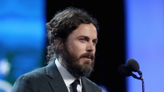 Casey Affleck Read His Bad Reviews During His 'Manchester By The Sea' Acceptance Speech
