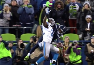 A Seahawks Receiver Made A One-Handed Touchdown Catch You Need To See To Believe