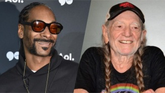 Snoop Dogg Gifted Willie Nelson With A Very Marijuana-Friendly Christmas Sweater