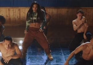 Tinashe Is Bringing Back That Crop Top And Sweatpants Look In Her 'Company' Video