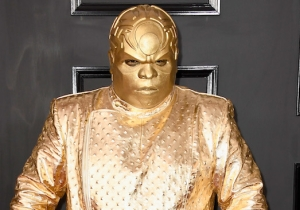 Cee-Lo Green Walked The Grammys Red Carpet In An All Gold Getup, And The Internet Is Enjoying It