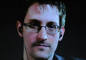 Russia Is Reportedly Considering Handing Over Edward Snowden As A 'Gift' To Donald Trump