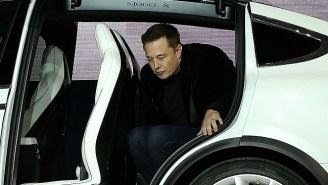 Elon Musk Offers Disgruntled Tesla Employees 'Free Frozen Yogurt' To Appease Calls For Unionization
