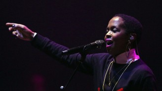 After Making Her Fans Wait For Three Hours, Lauryn Hill Postponed A Scheduled Makeup Show