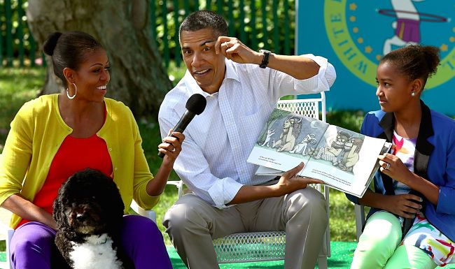 Barack And Michelle Obama Are In Line For A Massive Pay Day For A Book Deal