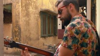 Premiere: Robert Ellis' One Take Performance Of 'Perfect Strangers' Is An Exorcism Of The Heart