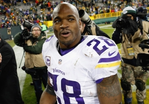 Adrian Peterson May Consider Taking A Pay Cut To Play For The Pats