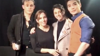 Original Pink Ranger Amy Jo Johnson Drops In On The Cast Of The New 'Power Rangers' For A Surprise Interview