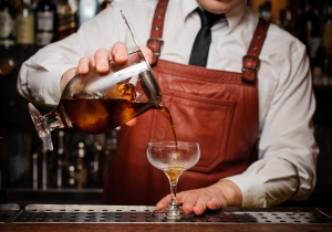 Bartenders Say These Are The Drinks Everyone Should Know How To Make