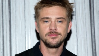 Boyd Holbrook Apologizes To Olivia Munn For Being Silent On The 'Predator' Controversy
