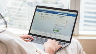 A New Facebook 'Town Hall' Feature Will Allow Users To Easily Contact Elected Officials