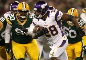 A Packers Columnist Blamed Adrian Peterson Abusing His Son On 'Learned Behavior' From Slavery