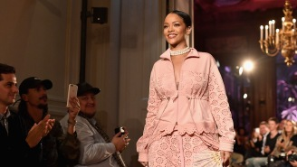 Rihanna Is Being Honored By A Prestigious New York Fashion Institution