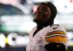 Le'Veon Bell Was Banned From Taking A High School Student To Prom
