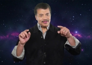 Neil deGrasse Tyson Celebrates Pi Day With A Rap Before Dogging On Pluto With Stephen Colbert