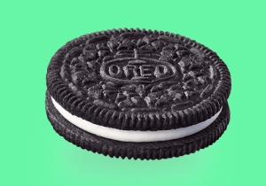 Amazon Is Offering An Oreo 'Cookie Club' Subscription They Bet You'll Crumble For