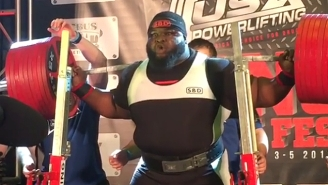 This Powerlifter Squatted More Than 1,000 Pounds, Which Shouldn't Be Possible