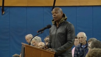 Dave Chappelle Showed Up At A Town Hall Meeting In Ohio To Talk About Police Reform