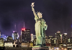 The Statue Of Liberty Mysteriously Went Dark And People Were Scrambling To Find Out Why