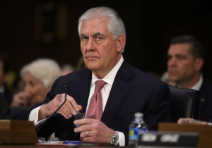 Report: U.S. Diplomats Have Been Instructed To Avoid Making Eye Contact With Rex Tillerson