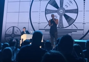 Dave Chappelle Honors His 'Good Friend' Charlie Murphy At A John Mayer Concert