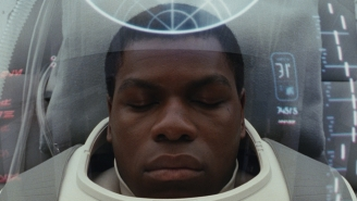 What The Heck Is Written On Finn's Medical Pod In 'The Last Jedi' Trailer?
