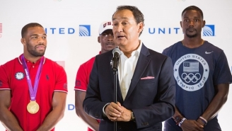 Everybody Is Roasting A Misguided Letter United's CEO Sent To Employees About The Passenger Scandal