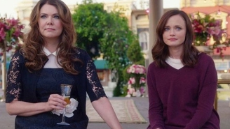 Lauren Graham Isn't Sure If Another Return To Stars Hollow Is Good For 'Gilmore Girls' Fans