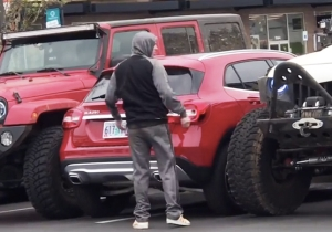 Two Jeep Drivers Demonstrate The Perfect Way To Exact Revenge On Someone Parked Like A Jerk