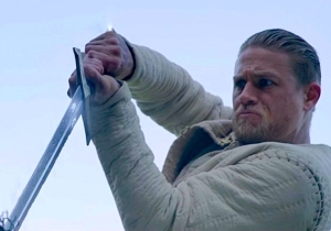 Guy Ritchie's 'King Arthur' Unveils Its Final Trailer And You Bet Your Bottom There's Slo-Mo Fight Stuff