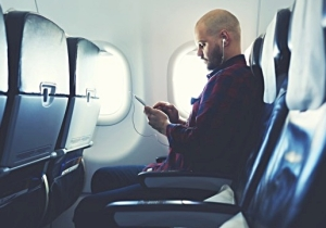 Airline Passengers Are Stuck With Expensive Flight Wifi For The Foreseeable Future, Thanks To The FCC