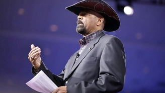 Trump Supporter And Potential Homeland Security Member Sheriff David Clarke Reportedly Plagiarized His Master's Thesis