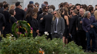 Hollywood And Music Legends Honor The Memory Of Chris Cornell At His L.A. Memorial Service