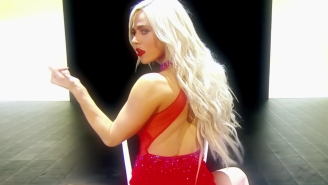 Lana Is Now Using Rusev's Finisher To Crush Her Opponents