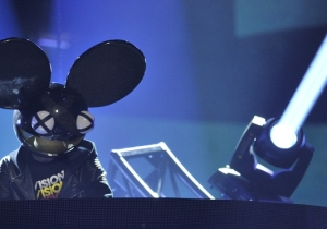 Deadmau5 Goes After The Chainsmokers: 'I'm 100% Convinced You're Sh*t'