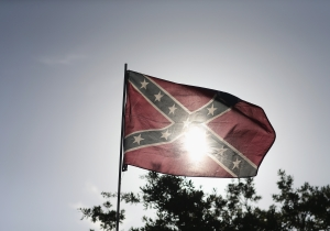 An Ice Cream Shop Owner Is Fighting To Take Down The Confederate Flag That Hangs Over His Business