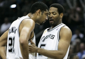 Robert Horry Fully Believes Hakeem Olajuwon Is '20 Times Better' Than Tim Duncan