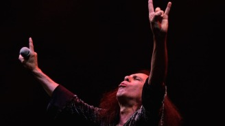 Ronnie James Dio's Widow Slams Gene Simmons' 'Disgusting' Devil Horns Trademark Plans