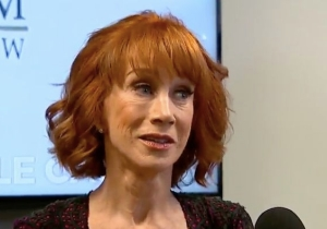 Kathy Griffin Calls Trump A 'Bully' Who's Trying To Ruin Her Life In An Emotional Press Conference