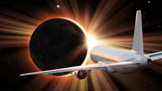 Alaska Airlines Will Chase This August's Total Solar Eclipse In A Special Flight (And You Could Be There)