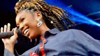 Brandy Reportedly Fell Unconscious On A Plane And Was Rushed To A Hospital