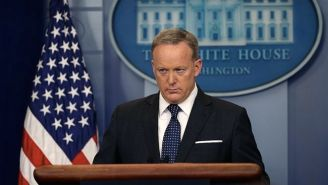 Steve Bannon Fat-Shames Sean Spicer When Asked To Explain Why Press Briefings Are Now Off Camera