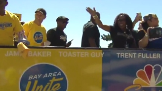 Klay Thompson Invited The Toaster Guy To The Warriors Victory Parade And He Had A Great Time